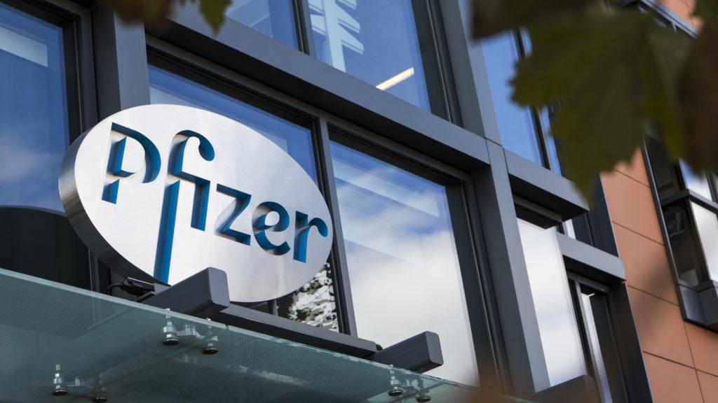Μαζικές προσλήψεις κάνει η Pfizer στην Ελλάδα